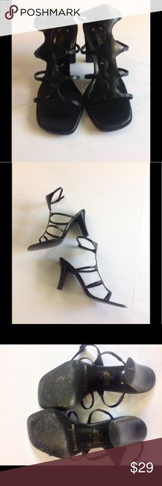 💥Enzo Angiolini 💥 Like New 💥Sz7 Black Sandals💥 In a great condition pre owned Enzo Sandals, hardly used like new Enzo Angiolini Shoes Sandals