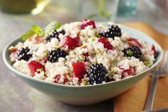 breakfast berry quinoa & 4 other easy @David and Susan Campbell lunches are on the blog now     www.simplestofsplendor.com
