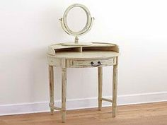 Small Vanity Table modern : How to Make a Make Shift Small Vanity ...