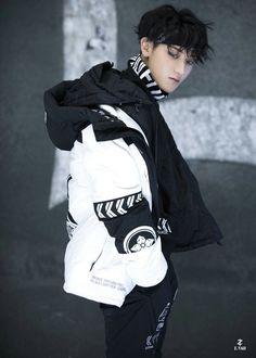 Tao Exo, Chanyeol, My Handsome Man, Huang Zi Tao, Things To Do With Boys, Ulzzang Korean Girl, Kung Fu Panda, Kris Wu, Hot Actors