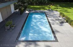 buitenzwembad, overloop zwembad afgewerkt met mozaiek ‹ De Mooiste Zwembaden