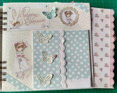 ÁLBUM COMUNIÓN CRINWA. PÁGINA 4 Diy Crafts For Girls, Baby Girl Scrapbook, Album Scrapbook, Baby Album, Mini Photo, Album Book, Wedding Guest Book, Beautiful Babies, Andreas