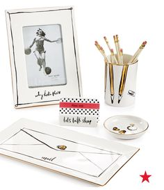 Bring a little bit of that kate spade new york style to the office with the Daisy Place decor collection.