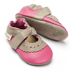 Liliputi® Soft Baby Sandals - Sahara Fuchsia 2015 collection #soft #liliputi #babysandals Baby Sandals, Baby Shoes, Fuchsia, Leather Sandals, Soft Leather, Ankle Strap, Html, Collection, Fashion