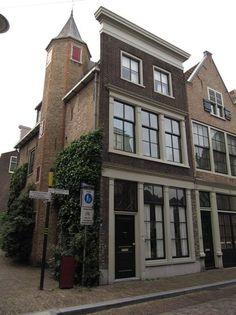 Dordrecht<br />Dordrecht - Grotekerksbuurt 80 - Geboortehuis van Jacob en Abraham van Strij