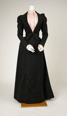 Wool Walking Suit with Eyelet Cotton Blouse, 1892  via The Met