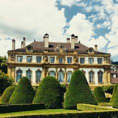 Neuchâtel, Hôtel du Peyrou Mansions, Architecture, House Styles, Home Decor, Arquitetura, Decoration Home, Room Decor, Fancy Houses, Architecture Illustrations