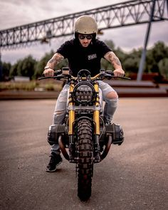 "1,574 Likes, 14 Comments - Better Call Paul (@paul_vanml) on Instagram: ""Portrait of @arjanvandenboom posing on BMW R1200r 'the Scumbag' in colab with…"""