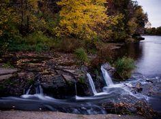 Little Niagara Creek meets the Chippewa River on the Putnam Park Trail │ Eau Claire