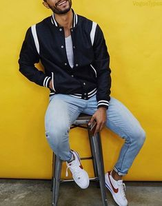 Stylish Men's Outfits Ideas for Every Guys Need to Try In 2018 Stylish Mens Outfits, Casual Outfits, Men Casual, Fashion Outfits, Men's Outfits, Men's Fashion, Teaching Mens Fashion, Facon, Mens Clothing Styles