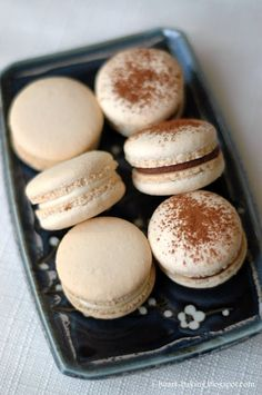 i heart baking!: lemon cream cheese macarons, and whipped chocolate ganache macarons