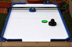 If You Watch One Video Of A Robot Playing Air Hockey Today, Make It This One | TechCrunch