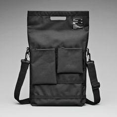 Unit portables unit 01 shoulder bag for macbook air. Shops, Computer Bags, Black Shoulder Bag, Tech Accessories, Streetwear, Pouch, Branding, The Unit, Backpacks