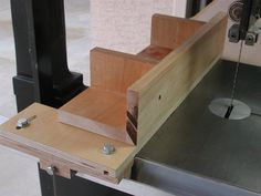 Shop Made Biesemeyer-Style Bandsaw Fence - by rmac @ LumberJocks.com ~ woodworking community