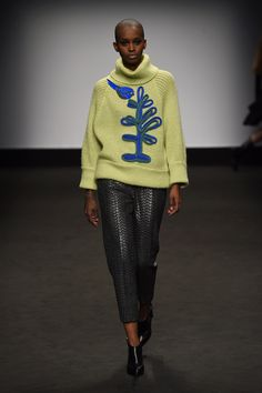 I could so knit this ! Highlights From Milan Fashion Week Fall 2015  - ELLE.com