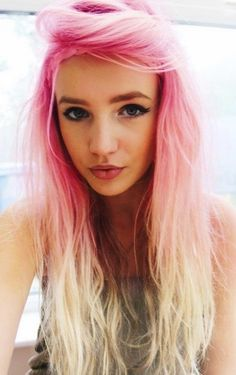 Stylish ombre pastel pink hair, pink ombre hair chalk, pastel pink hair #pastel #pink #hair www.loveitsomuch.com
