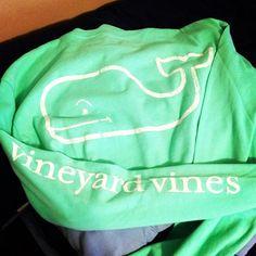 Vineyard vines vintage long sleeve.