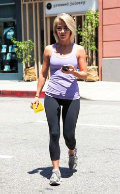 Julianne Hough from The Big Picture: Today's Hot Pics! | E! Online