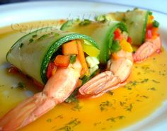 Shrimps rolls - by Carina http://pinterest.com/ahaishopping/