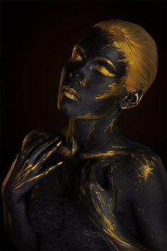 gold body painting art photography by afemera bodypainting Photographie Art Corps, Paintings Tumblr, Body Art Photography, Fashion Photography, Feminism Photography, Black Art Painting, Gold Bodies, Black Women Art, Gold Art