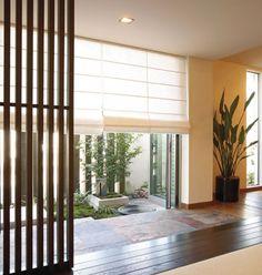 日本、和モダン、心地いい家…新しくて機能的な注目スタイル心地よい「和モダン」の家 Asian Room, Roman Blinds, My Dream Home, Divider, Curtains, Japanese Style, House, Inspiration, Furniture