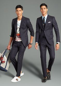 When you're dealing with a suit this advanced, there's no need to put extra effort into your underpinnings—you just have to make sure they're the right underpinnings. For the office, that means the business-appropriate staples you've come to swear by (semi-spread collared shirts in solid colors, slim tonal ties) with the right finishing touches (pocket square, a dress watch). And when you're off the clock, wear it with your favorite new T-shirt and the cleanest white sneakers you own☑️