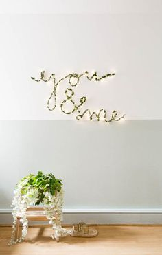 Crafts For Teens, Hobbies And Crafts, Our Wedding Day, Diy Wedding, Wedding Venues, Book Wreath, Classic Christmas Decorations, Diy Inspiration, Interior Inspiration