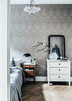 bedroom in Johanna Bradford's beautiful Gothenburg apartment, via http://www.scandinavianlovesong.com/