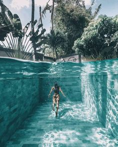 25 Best Hotel Swimming Pools in the World places to travel 25 Surreal Places In Los Angeles You Won't Believe Exist Hotel Swimming Pool, Swimming Pools Backyard, Hotel Pool, Swimming Pool Pictures, Dream Vacations, Vacation Spots, Underwater Photography, Travel Photography, Swimming Pool Photography