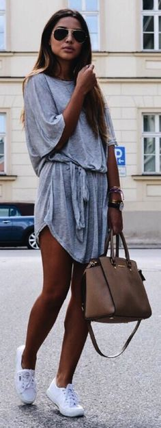 Consuelo Paloma + ultra-summery + casual number + simple cotton t-shirt dress + very relaxed and comfortable + simple tote bag + some sneakers + great chilled look is created. Sneakers: Superga, Dress/Bag: Brands not specified.
