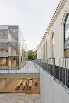 Extension of the Lycée Français and Renovation of the Studio Molière,© Hertha Hurnaus