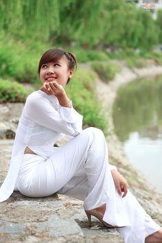 Áo Dài Sexy Việt Nam P79 Chúc các bạn xem hình vui vẻ Sưu Tầm By VietSunny