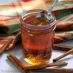 Add this favorite sweet spice to hot and cold drinks. Stir it into yogurt or oatmeal. Blend it into smoothies and milk shakes. Drizzle it on waffles, pancakes or ice cream. Vegetable Smoothies, Yogurt Smoothies, Oatmeal Smoothies, Simple Smoothies, Healthy Smoothies, Cocktails, Cocktail Recipes, Sangria, Healthy Blender Recipes