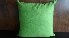 Cojín Verde  Solo en Domi Design Todo lo que necesitas en Muebles y accesorios de Diseño para tu hogar