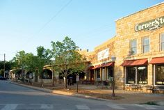 Mountain View , Arkansas - Ozarks in HD Mountain View Arkansas, Great Places, Places Ive Been, Arkansas Vacations, Places To Travel, Places To Visit, Arkansas Usa, Vacation Trips, Vacation Ideas