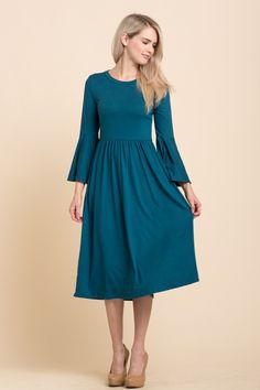 SO SOFT. This super cute mid Length, bell sleeve teal dress goes perfect with heels or sneakers.and it has pockets! Flower Dresses, Modest Dresses, Modest Outfits, Cool Outfits, Fashion Outfits, Modest Fashion, Midi Dress With Sleeves, Black Midi Dress, Staple Dress