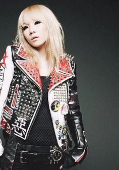 CL 2NE1 Come visit kpopcity.net for the largest discount fashion store in the world!!