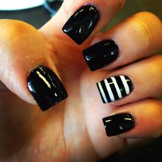 Got my nails done in my favorite colors. Black & white!