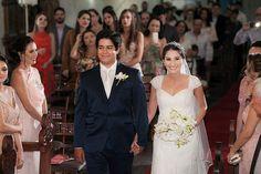 ♥ Ana Paula Lima   Tulle - Acessórios para noivas e festa. Arranjos, Casquetes, Tiara