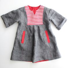 oliver + s hide and seek dress with striped yoke // delia creates Loe the color combination and use of fabrics! Baby Outfits, Kids Outfits, Sewing For Kids, Baby Sewing, Little Fashion, Kids Fashion, Little Girl Dresses, Girls Dresses, New Dress Pattern