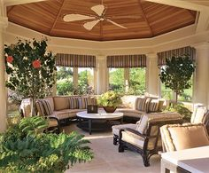 Living Room by Joseph Kremer and Shope Reno Wharton in Southampton, New York Outdoor Rooms, Outdoor Living, Outdoor Furniture Sets, Porch Furniture, Outdoor Kitchens, Building A Porch, Patio Interior, Enchanted Home, New England Homes