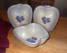 Pfaltzgraff Yorktowne Pattern Set of Three Apple Bowls