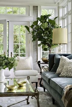 38 + wunderbare französische Land Wohnzimmer Dekor Ideen – Country Clothes for Women – Mixer wonderful French country living room decor ideas – country clothes for women – pictures living room colors French Country Rug, French Country Living Room, French Decor, French Country Decorating, Country Style, Country Kitchen, French Living Rooms, French Cottage, Modern Country