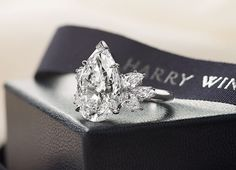 Harry Winston Pear cut with Pear side stones