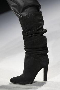 Alberta Ferretti at Milan Fashion Week Fall 2020 - Details Runway Photos Fashion Shoes, Milan Fashion, Black Luxury, All Black Everything, Alberta Ferretti, High Heels, Runway, Footwear, Booty