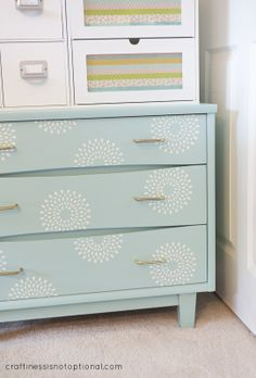 craftiness is not optional: RE-LOVE your stuff: stenciled dresser drawers