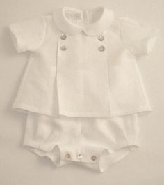 Baby Outfits, White Linen Suit, Angel Gowns, Baby Boy Baptism, Diy Bebe, Christening Gowns, Heirloom Sewing, Baby Sewing, Kids Wear