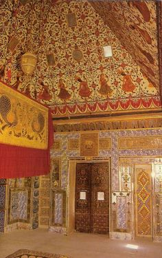 A room in same Bikaner palace - India