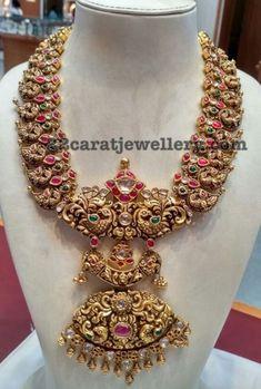 Nakshi Peacock Mango Set with Rubies - Jewellery Designs