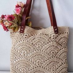 Crochet Bag Tutorials, Crochet Purse Patterns, Crochet Crafts, Crochet Stitches, Crochet Projects, Bag Patterns, Free Crochet Bag, Mode Crochet, Crochet Wool